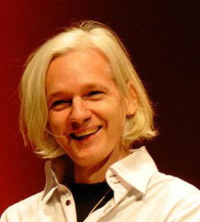 300px-Julian_Assange_26C3.jpg