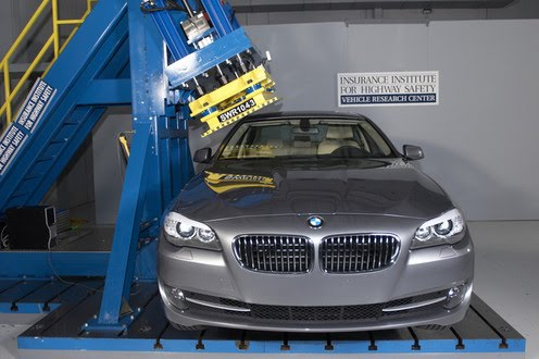 blog de bmw bmw s rie 5 gagne le prix du meilleur choix s curitaire iihs. Black Bedroom Furniture Sets. Home Design Ideas