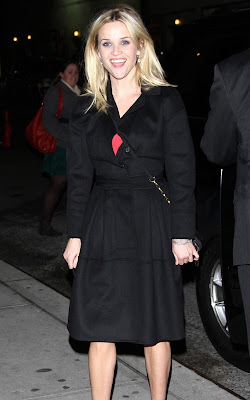 Reese Witherspoon Visiting the Late Show Photos
