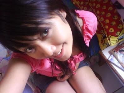 http://4.bp.blogspot.com/_BvxIjF9dlV0/SVPUfP_KoQI/AAAAAAAAAu4/WWz0EHM3F_w/s400/cewek+cantik+bispak.jpg