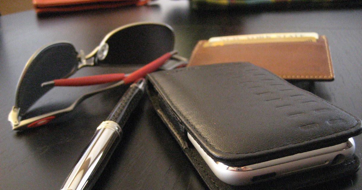 ... : Review: Griffin Elan iPhone Holster, Professional Styled Case