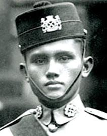 Leftenan Adnan Saidi Idola Perjuangan Saya...