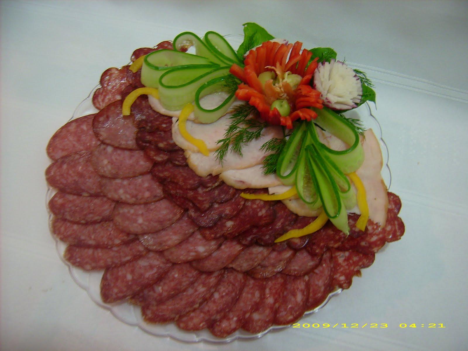 Красивые мясные нарезки сделать фото