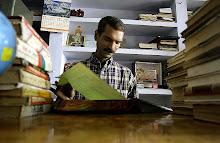 Sudhir Sharma in the new role of a librarian: सुधीर शर्मा लाइब्रेरियन के रुप मेँ
