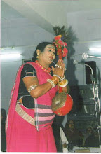 Teejan Bai performing in library