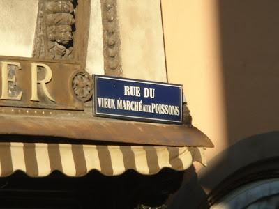 noms rues insolites
