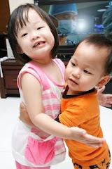 Hayley & Jerral (Big Hug)