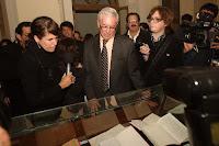Exposición de obra de escritor Mario Vargas Llosa .Foto:ANDINA/Archivo