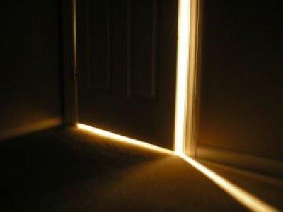 [doorway.jpg]