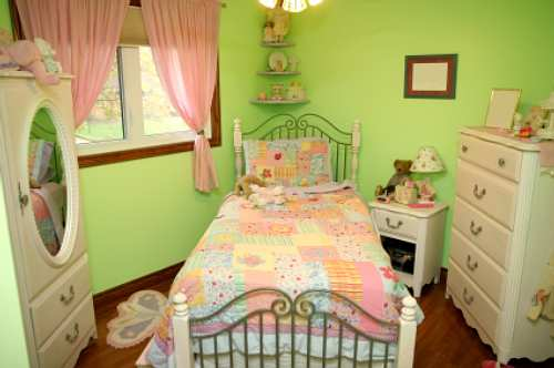 Girl's Bedroom Furniture