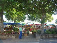 Street Market, St. Julienne