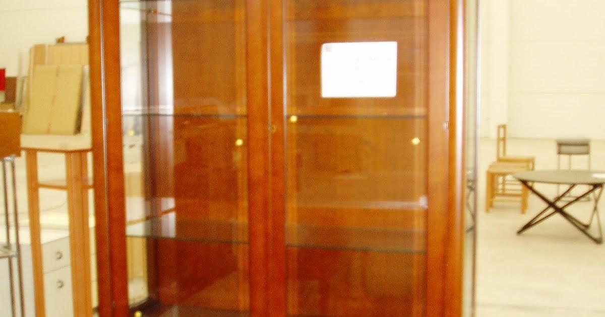 Outlet del mueble vitrina clasica for Outlet del mueble