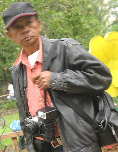 photographer in Burnham Park in Baguio City