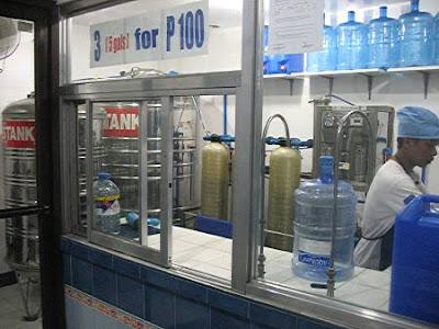Aquagel water filtering station