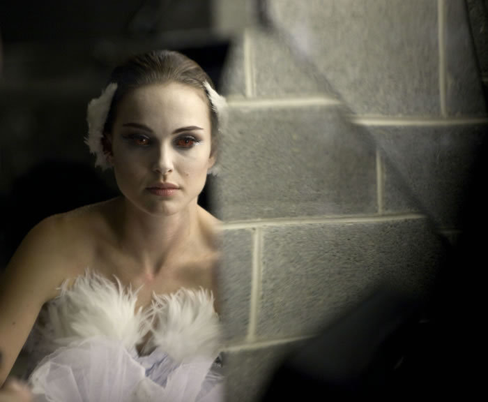 Winona Ryder Black Swan Images. BLACK SWAN