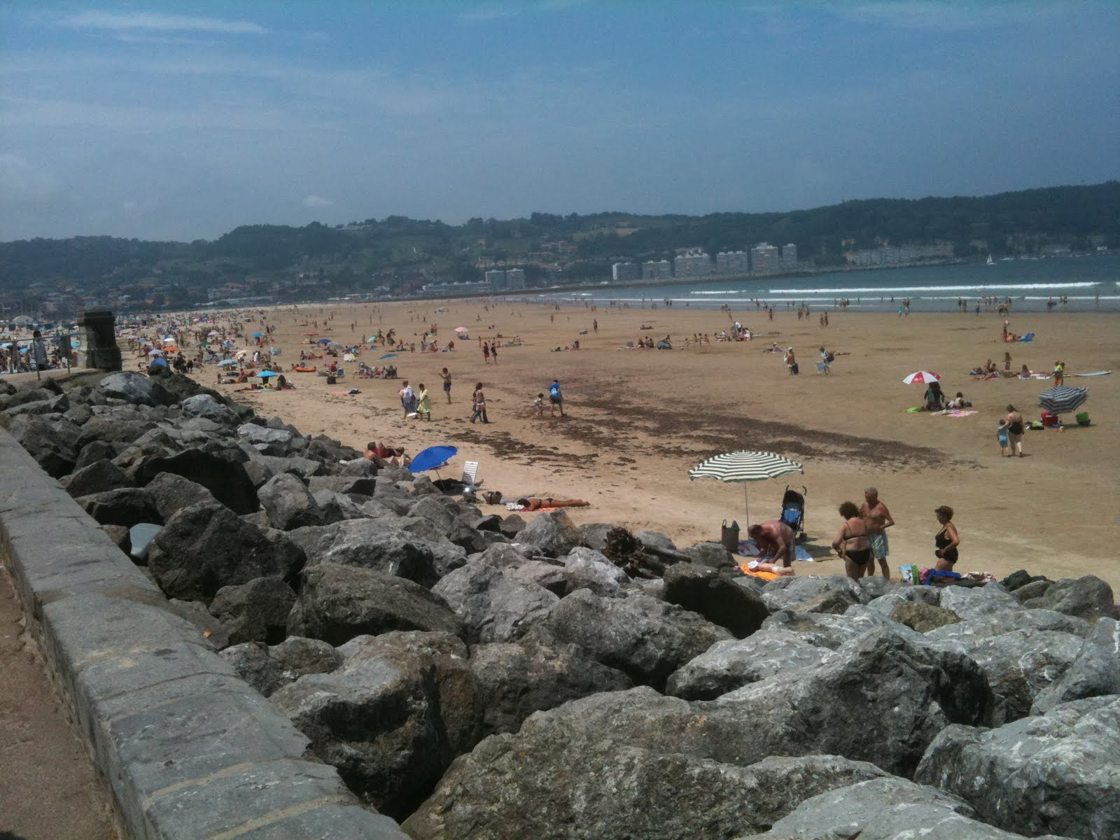 Badger coastline of hendaye france for Hendaye france