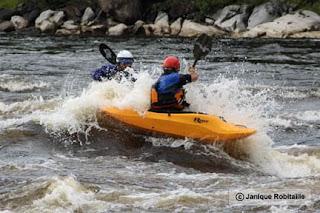 kayaks en eau vive
