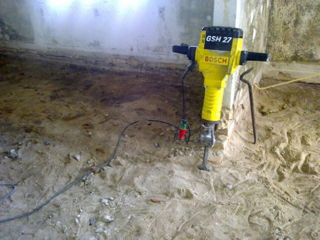 Brække betongulv op