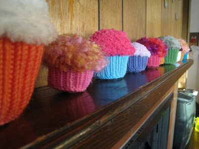 Knit Little Cupcake by Amy Gaines | Knitting Pattern
