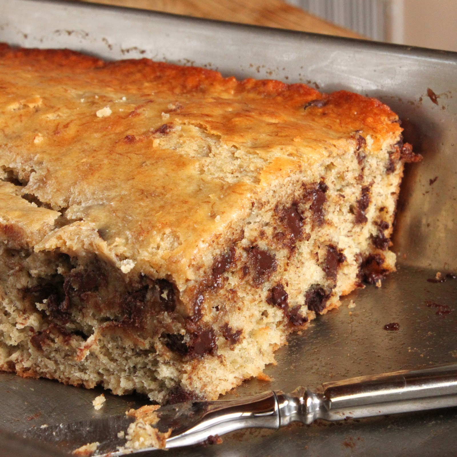 Images Of Chocolate Chip Cake : Banana chocolate chip cake
