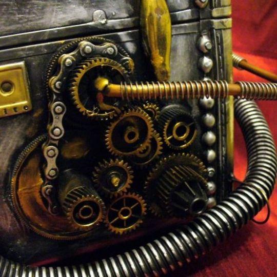Steampunk purse trunk