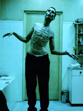 Christian+Bale+in+The+Machinist.jpg