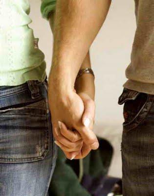 Lima Tanda Kekasih Masih Kekanakan