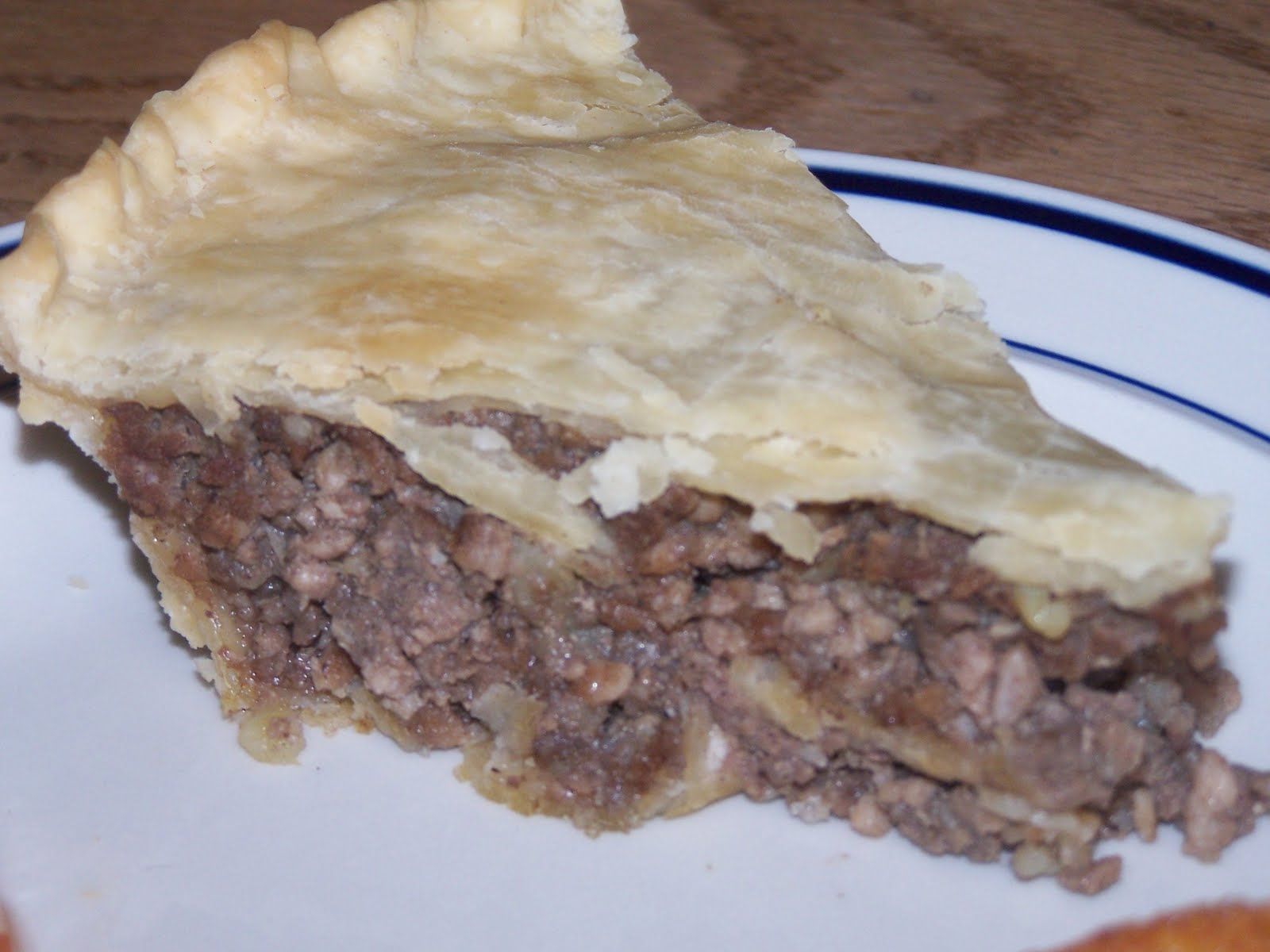 tourtiere meat pie top view a photo on flickriver tourtiere meat pie ...