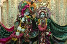 Sri Radha  Gokulananda Templo