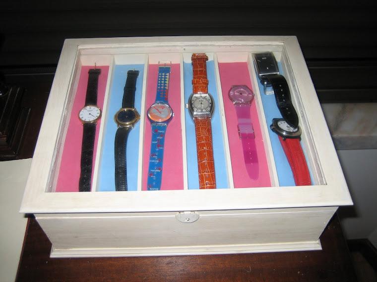 Caixa 24 Relógios Ref 1