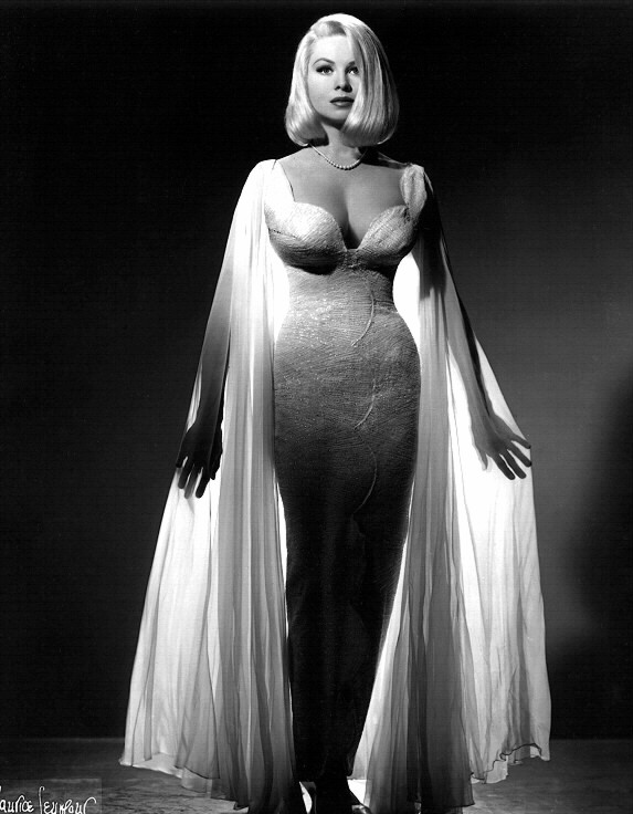 Blonde Bombshell Joi Lansing Had A Figure That Could Easily Rival That Of Jayne Mansfields A Doll Like Face Which Was Just As Gorgeous And Photogenic As