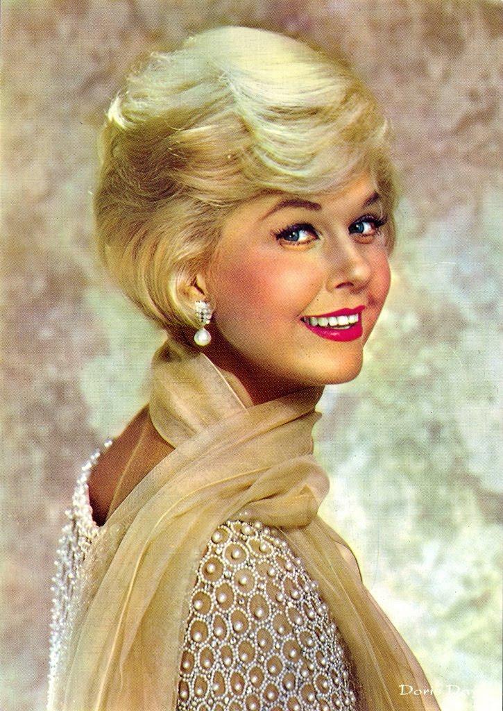 Doris Day Glamour Newhairstylesformen2014 Com