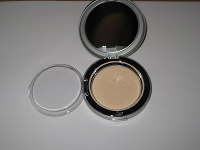 This particular powder is available in three shade selection all of which contain a good amount of beige to tone down yellow tones.