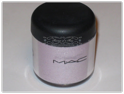 MAC+Pigment+Kitschmas4