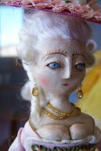 Mon Cher Mini Queen