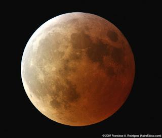 Fotografía del Eclipse Total de Luna 3-3-2007