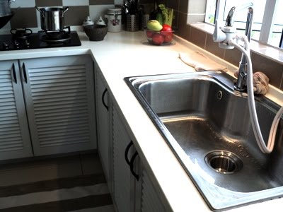 Memilih sinki dapur yang sesuai dan praktikal juga penting untuk