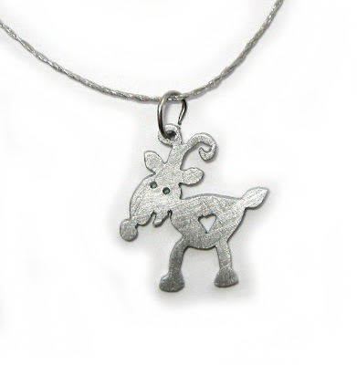 reindeer christmas necklace