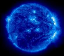 """Estrela azul gigante , """"A força é o que origina a força. Isso é o que eles ignoram."""" Dostoievski"""