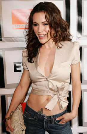tattoo beauties alyssa milano   she may be romantically