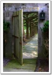 وراء كل باب مغلق جديد لا تضيع فرصة فتحه