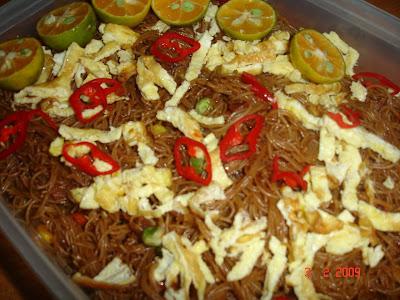 http://4.bp.blogspot.com/_CUutVwTXNDU/SYgdL03eyGI/AAAAAAAAAB8/-X0EgLsuC8s/s400/Bihun+Goreng+Seafood.jpg