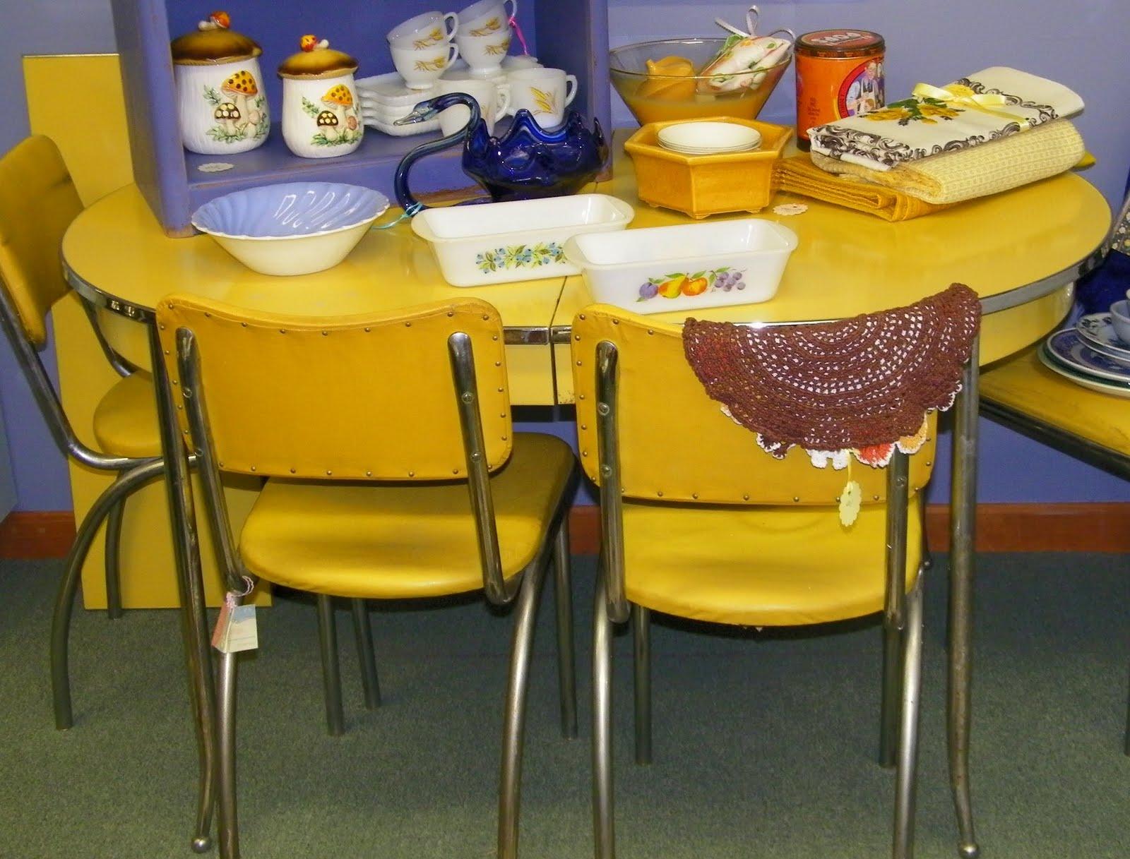 vintage kitchen set in chrome yellow.