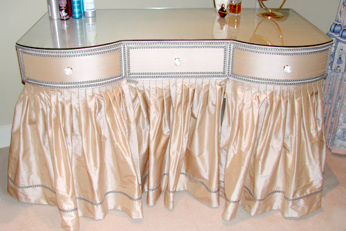 Incredible Dressing Table with Skirt 501 x 335 · 62 kB · jpeg