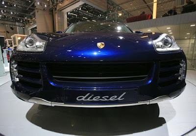 Porsche Cayenne Diesel - Auto Show