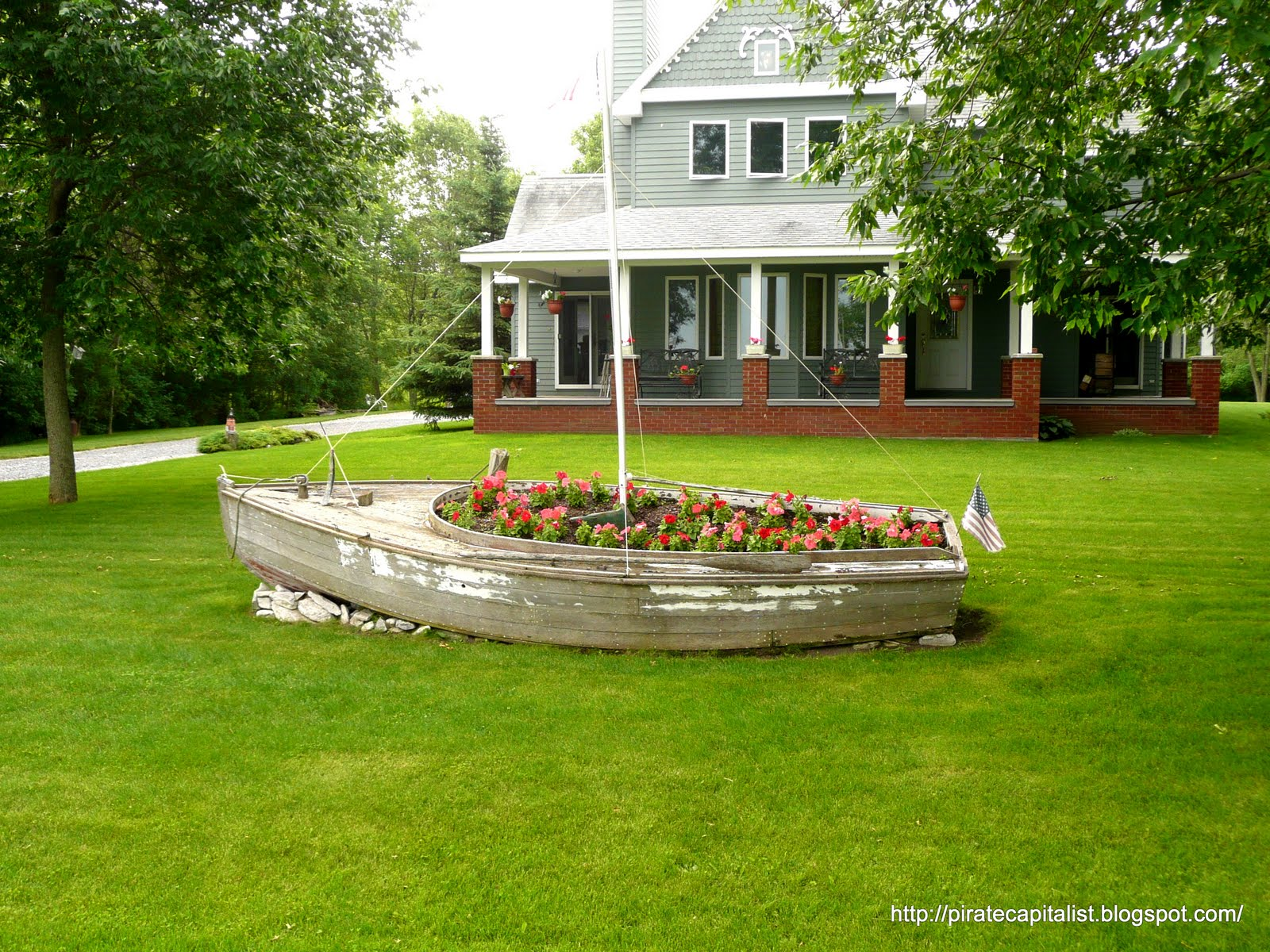 ... Boat Planter Plans PDF Download – DIY Wooden Boat Plans Projects