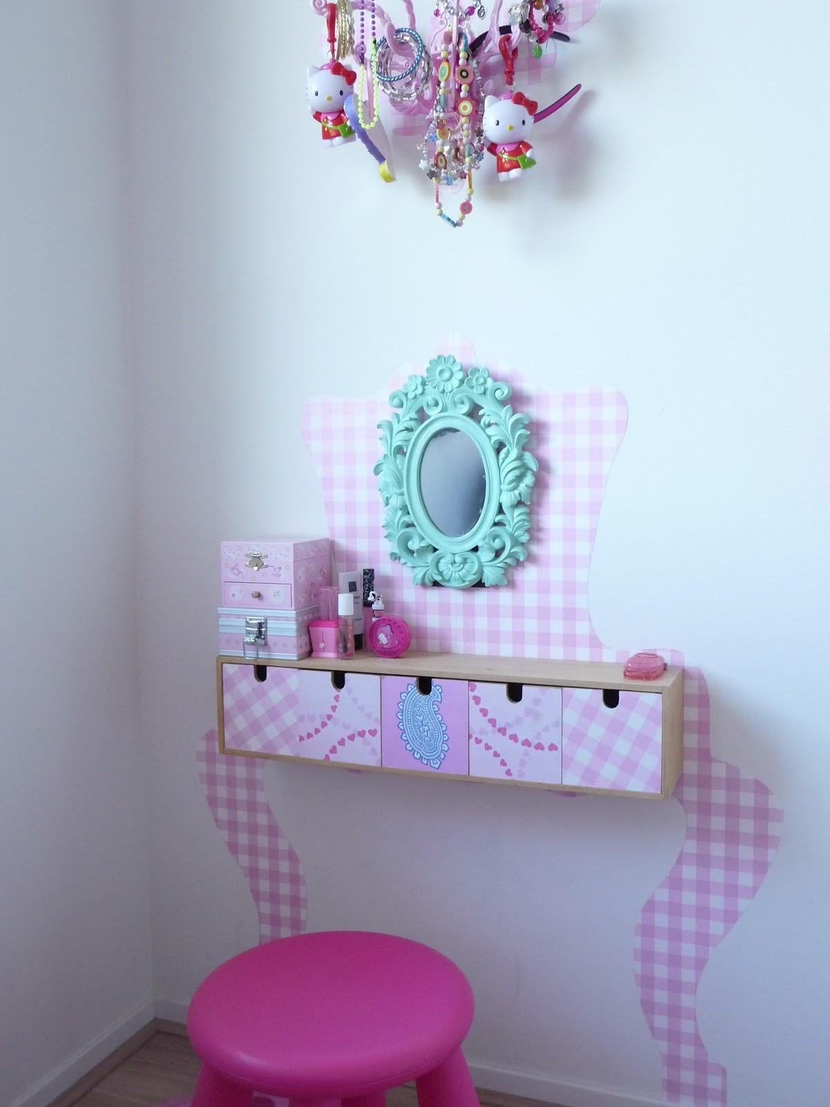 fabriquer un lit pour enfant ciel de lit lit pour enfant et marie claire maison. Black Bedroom Furniture Sets. Home Design Ideas
