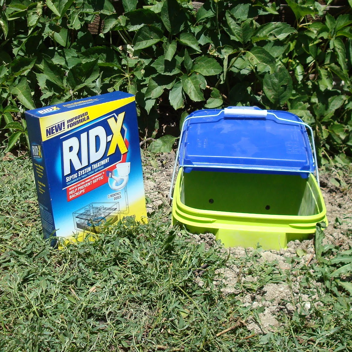 Diy Compost Bin Trash Can: Calico Road: Dog Doo Compost Bin