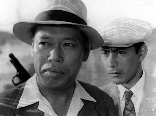 Takashi Shimura (left) and Toshirō Mifune in Stray Dog