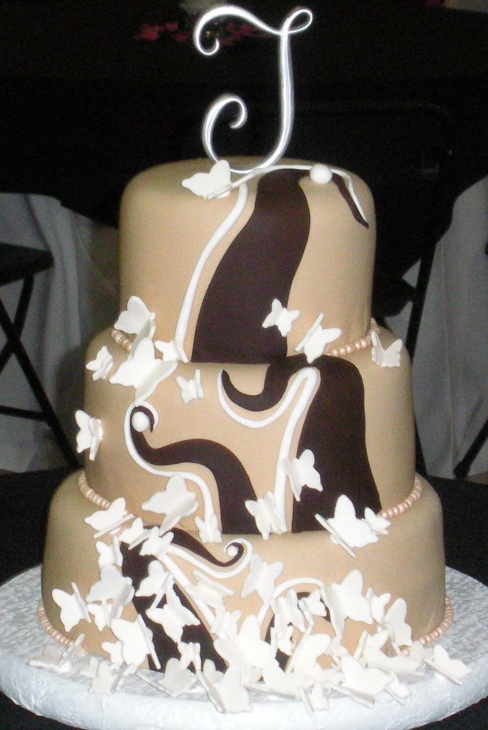 Custom Unique Artistic Fondant Birthday And Wedding Cake Designs Pictures By Art Eats Bakery